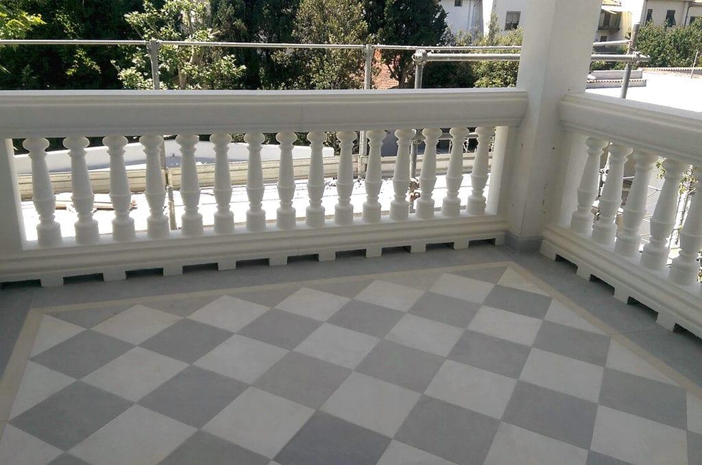 balaustra cemento completa di pilastri colonne e terminali