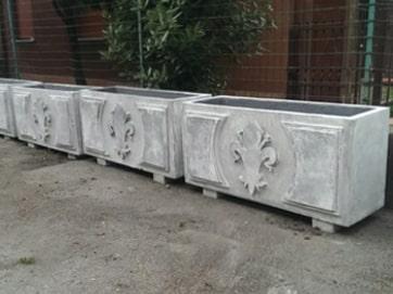 fioriere da appoggio in cemento segna confine